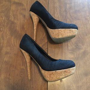 Black stilettos with cork look platform, 7.5